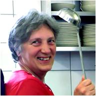 Portrait der Küchenbereichsleitung Carmen Kac